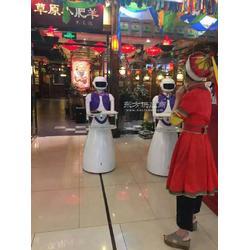 县这家餐厅竟是机器人上菜图片