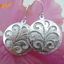 银耳环-万集饰品(在线咨询)银耳环图片