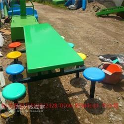 玻璃钢餐桌椅组合 玻璃钢连体餐桌椅 八人位餐桌椅组合图片