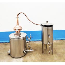 连云港黄酒蒸馏设备新工艺-诸城酒庄酿酒设备图片