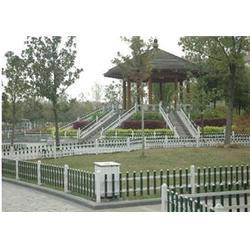 PVC围栏、旺谦丝网(在线咨询)、PVC围栏图片