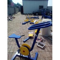 室外小区健身器材厂家 室外小区健身器材多少钱一件图片