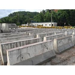 钢筋混凝土排水管随你吨 水泥墩 浩盛水泥制品(查看)图片
