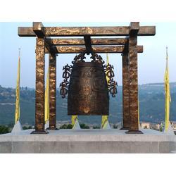 铜钟雕塑工艺品-昌盛铜雕-铜钟雕塑图片