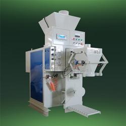 炭黑包装机出厂价 麦杰机械工程(在线咨询) 林州炭黑包装机图片