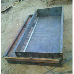 北京遮板钢模具,高速遮板钢模具报价,速诚水泥图片