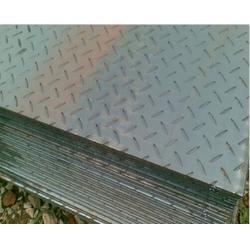 花纹板-太原花纹板-利鹏伟业钢板现货图片