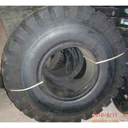 三角轮胎,济南化轻(在线咨询),淄博三角轮胎图片