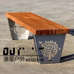 3524树鸟雕花室外304不锈钢板菠萝格公园椅无靠背户外长椅实木特色坐凳公共场所户外家具定制图片