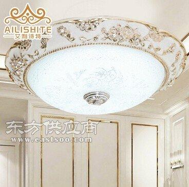 欧式树脂LED圆形电镀吸顶灯