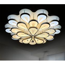 现代个性创意水晶LED吸顶灯图片