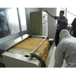 微波熟化设备、衡水熟化设备、济南铭鑫微波烘烤设备图片