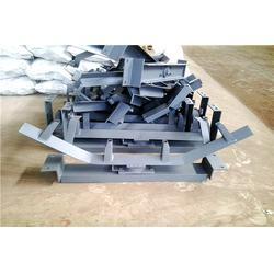 银川托辊支架、明鑫输送机械、托辊支架冲压件图片