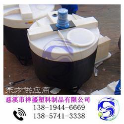 寻乌塑料加药桶/水处理PE加药桶带搅拌计量泵图片