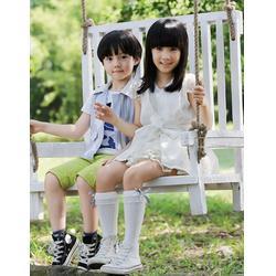 武汉两个小朋友童装,伟尼熊服饰,两个小朋友童装加盟图片