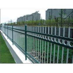 枝江热镀锌护栏|煜昕铁艺|热镀锌护栏供应图片