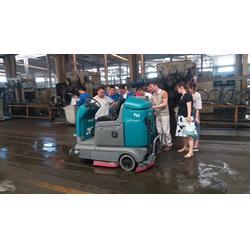 坦能山东 洗地机进口驾驶式手推式咨询-济南洗地机图片