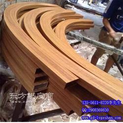 造型铝方通厂家 弧形铝方管 木纹铝方管图片