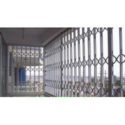 哪里有做铝合金拉伸门|泰州铝合金拉伸门|金刚网窗厂家图片
