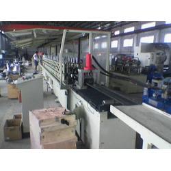 淄博冷弯生产线,安凯义专业系统研发,型材冷弯生产线飞剪图片