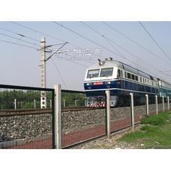 铁路护栏网供应,2.32.9可定做可喷塑,可开票图片