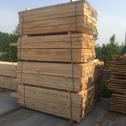辐射松方木定尺加工,友联建筑口料,辐射松方木图片