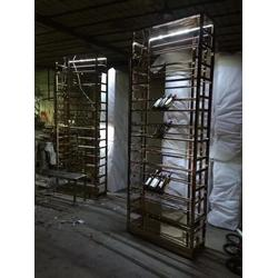 不锈钢酒架造型(多图)_不锈钢酒架定做_不锈钢酒架图片