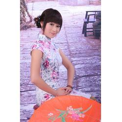 旗袍订做、纺艺阁服装租赁、结婚旗袍订做图片