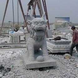 私人别墅石雕麒麟生产厂家_山西石雕麒麟_旺通雕塑(查看)图片