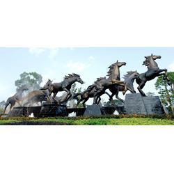 鑫鹏铜雕铸造厂家(图)、广场铜马雕塑厂家定制、广场铜马雕塑图片