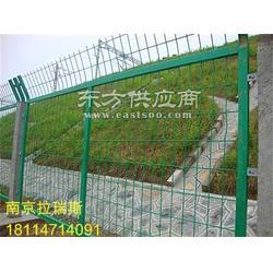 护栏网 厂家直销公路安全护栏网道路护栏网 铁丝隔离网围栏图片