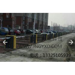 冠宇现代-宣化县道闸杆-停车场道闸杆图片