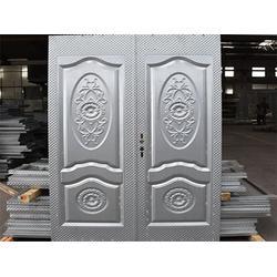 铁板压花制作|洪玉门业(在线咨询)|铁板压花图片
