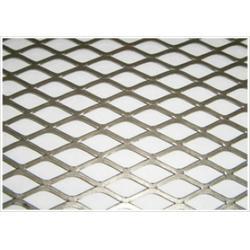 钢板防眩网质量好|长沙阿茂达(在线咨询)|岳阳钢板防眩网图片