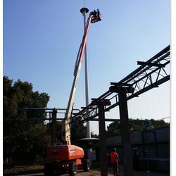 曲臂式高空车_365设备租赁_南京曲臂式高空车图片