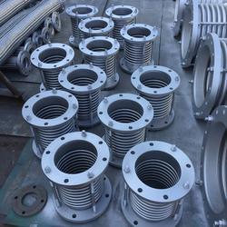 旋转补偿器生产厂家、补偿器、河南凯达(图)图片
