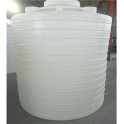 塑料水塔,专业定制加工pe水箱,10立方塑料水塔图片