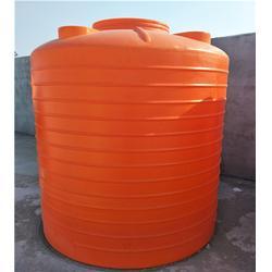 储罐-滚塑一体成型pe水箱-3吨5吨塑料水桶储罐图片