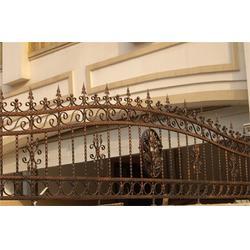 定制铁艺围栏,Y.K铁艺厂(在线咨询),铁艺围栏图片