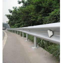 护栏板、吉林波形护栏、波形护栏板厂家图片