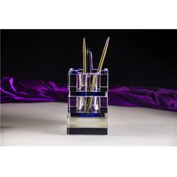 水晶笔筒,奥特水晶外观精美,水晶笔筒图片
