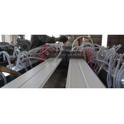 木塑型材挤出设备_坤宇中德塑机(在线咨询)_型材图片