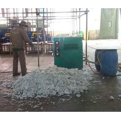 无机纤维喷涂施工、宏源新防水保温材料、郑州无机纤维喷涂图片