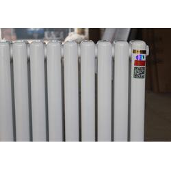 家用暖气片材质、鸿升诺德亚邦(在线咨询)、周口家装暖气片图片