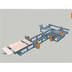 海广木业机械(图)|徐州自动锯边机|自动锯边机图片