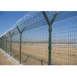 兴顺发筛网(图),机场隔离护栏挑选,昌宁县机场隔离护栏图片