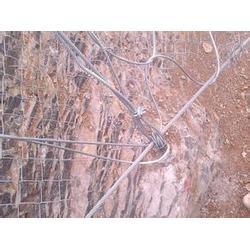 主动边坡防护网施工、安平腾和、主动边坡防护网图片