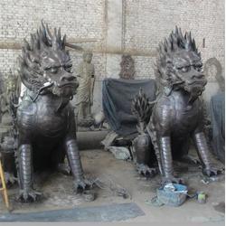來廠訂做(圖)_廠家定做送子銅麒麟雕塑_呼和浩特銅麒麟圖片