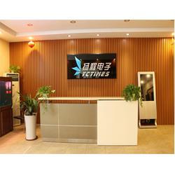 青岛多媒体广告机、镜面多媒体广告机、专业研发生产(优质商家)图片