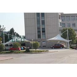 湘西州膜结构停车棚、膜结构停车棚费用、野狼天骄(优质商家)图片